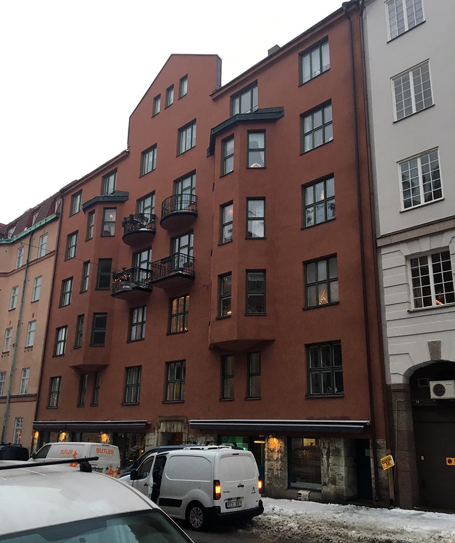 Fasadrenovering och ny bantäckning tak